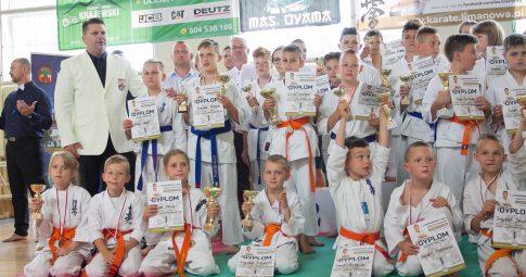 Pot, łzy, emocjonujące walki – tak było na I Limanowskiej Lidze Karate Kyokushin!